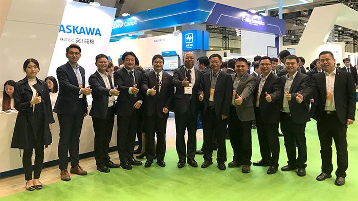 安纳赫团队带客户参加日本东京机器人展